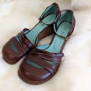 Miz Mooz round toe wedges with ankle strap